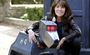 Actress Elisabeth Sladen Dies at 63